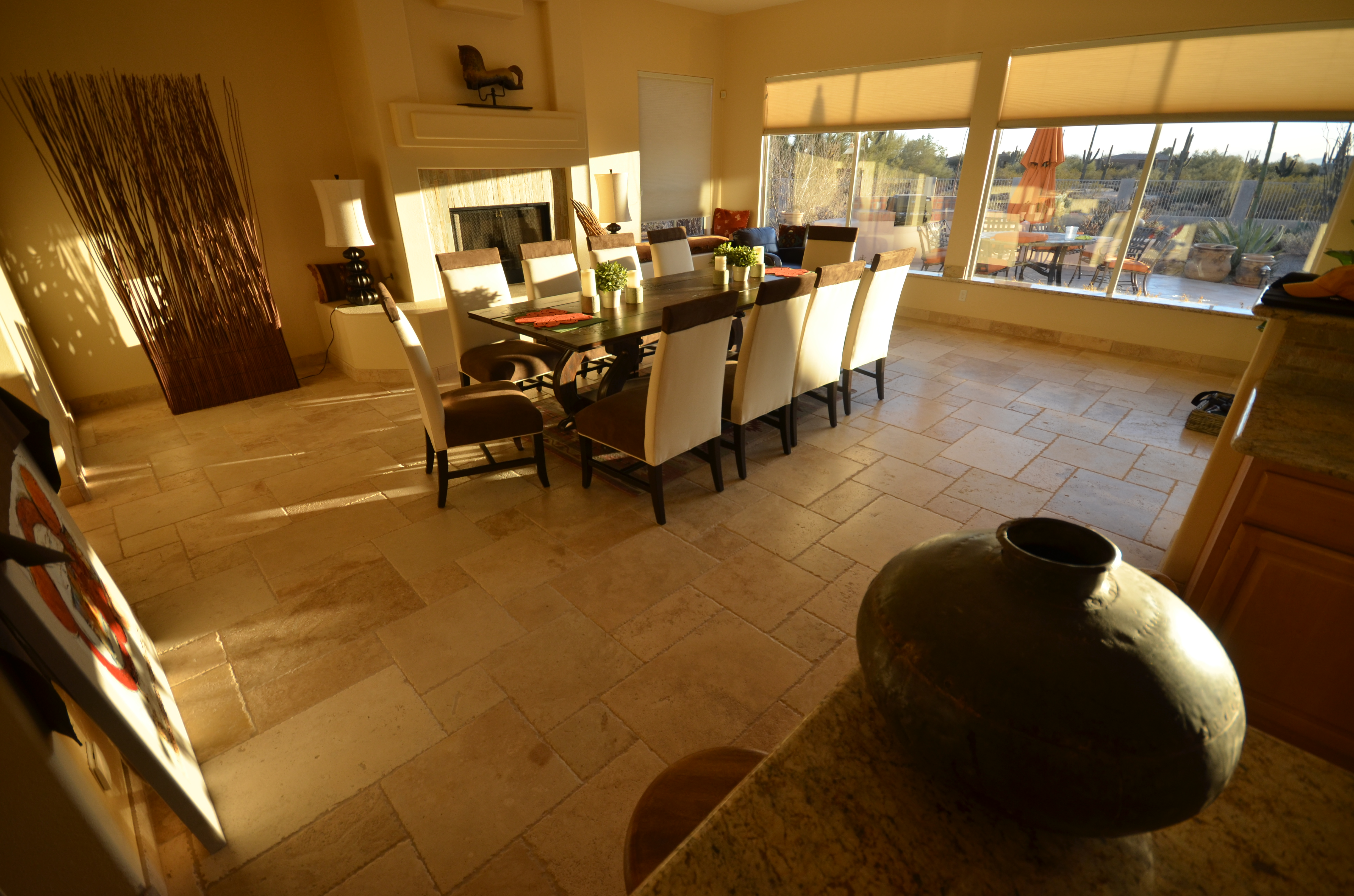 A Scottsdale breakfast or dinner? The dining room is ready!